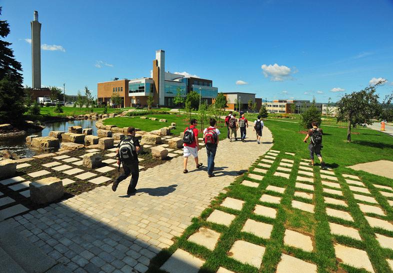 Sherbrooke Campus Université de Sherbrooke